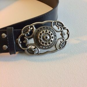 Accessories - Black Leather Belt Silver Ornate Octagon Buckle